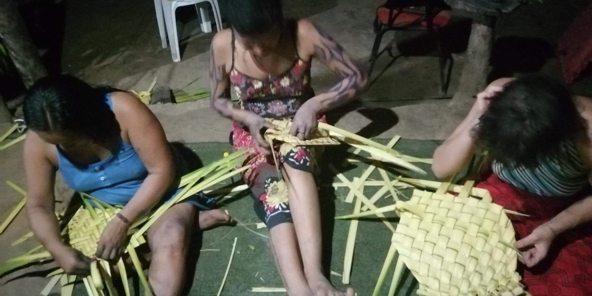 Weaving in Acre