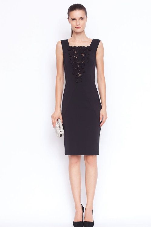 Black fitted dress with flowers