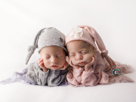 Twins Billie & Beau - 4 weeks new : Brisbane & Gold Coast newborn photography