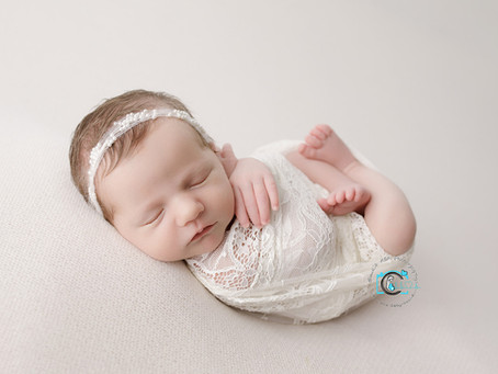 Introducing Bethany - 10 Days New : Ormeau, Gold Coast, Brisbane Newborn Photography