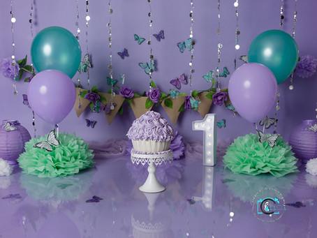 Maisie's 1st Birthday Cake Smash
