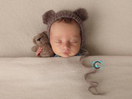 Hudson - 8 Days : Gold Coast & Brisbane newborn photography