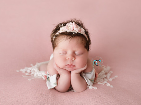 Ella - 19 Days : Ormeau, Gold Coast Newborn Photography