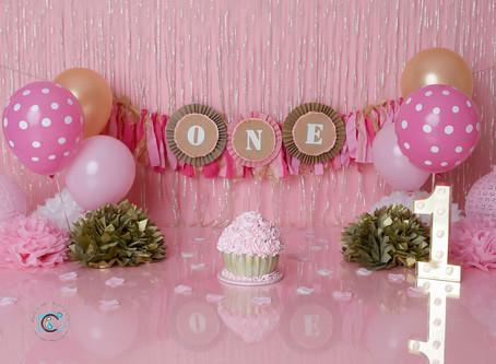 Sophie's 1st birthday cake smash : Gold Coast & Brisbane cake smash photography