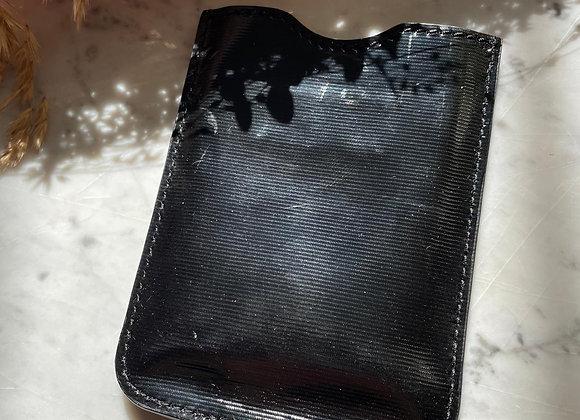 GIVENCHY - Pochette de téléphone noir en vynile