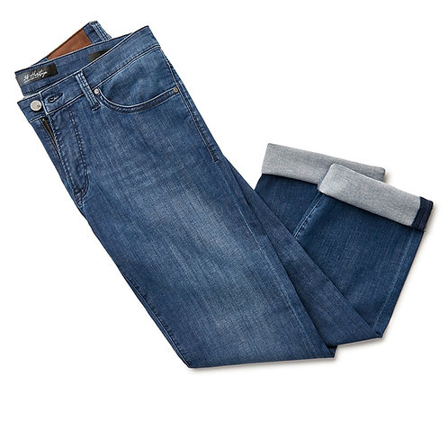Charisma Relaxed Straight Jeans In Mid Kona