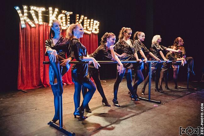 029-zOz-kitkatklub-cabaret.jpg