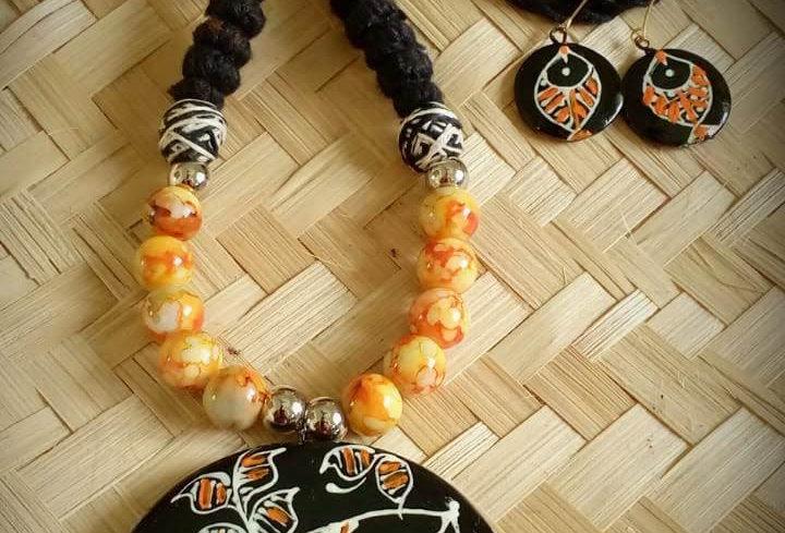 Makuṭa Fisheye Necklace