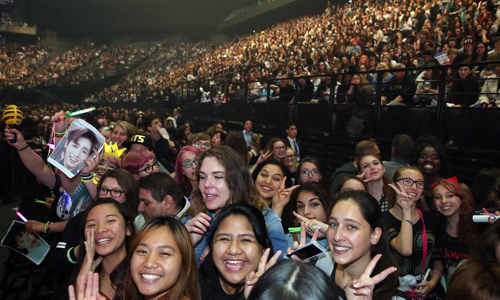 Kpop fans at KCON 2016
