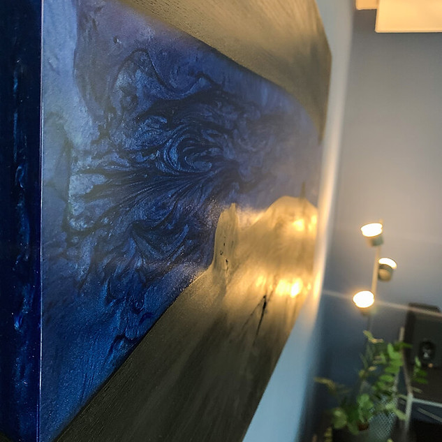 Epoxy wallart metallic blue