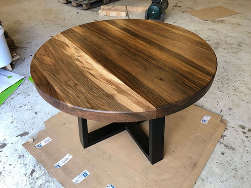 Ronde tafel notenhout