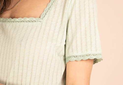 SPRING VIBES TOP - GREEN