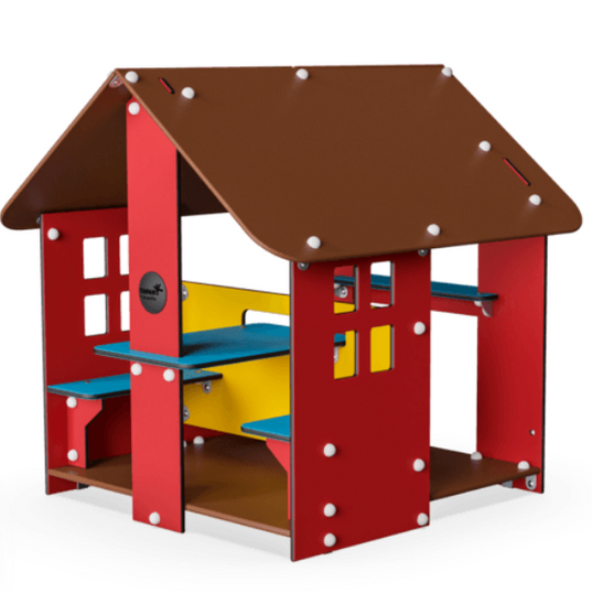 Social and interactive playhouse