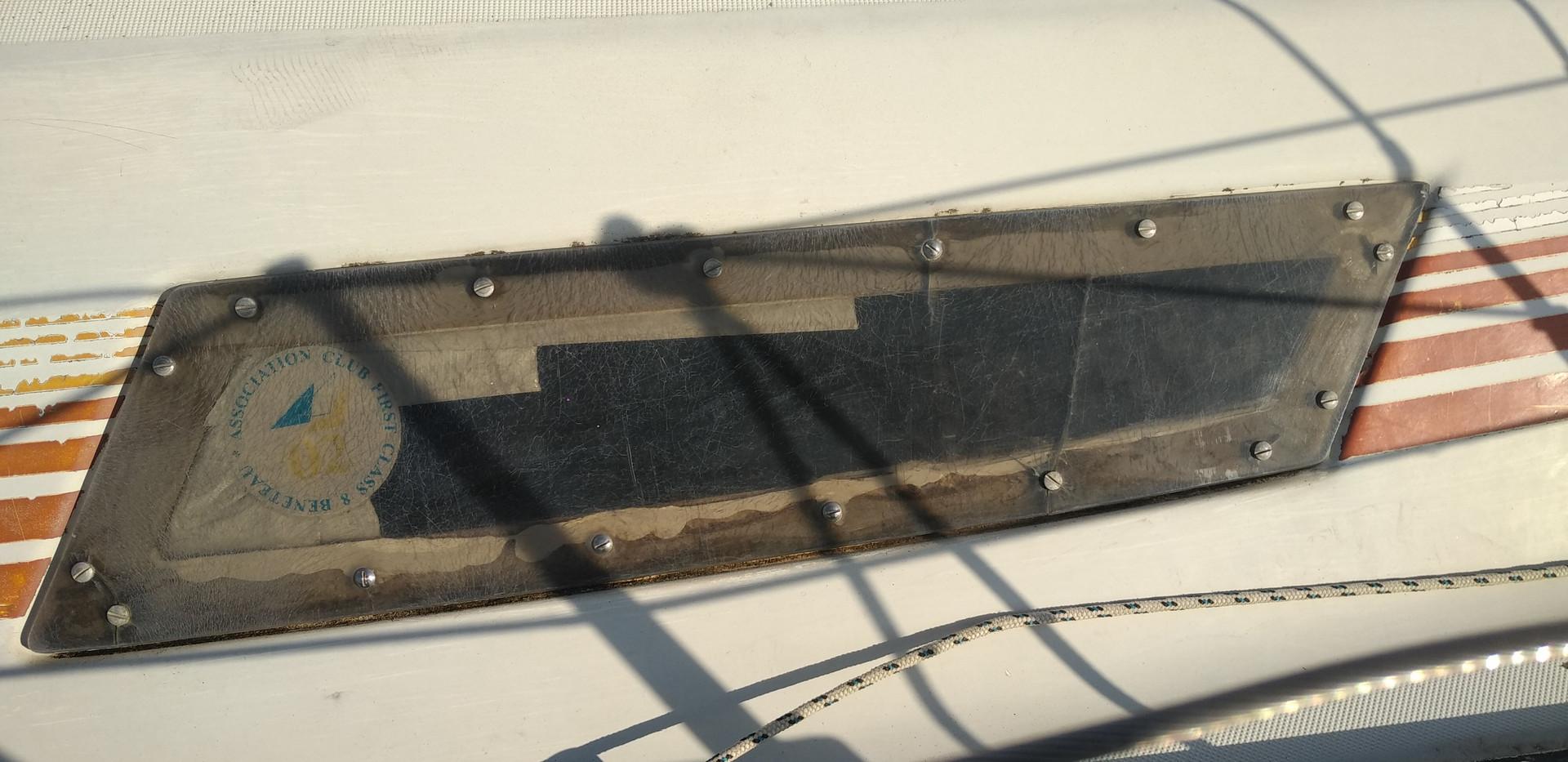 hublots d'un class 8 fisuré et perméable
