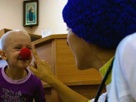 """Доктор-клоун: """"Когда они смеются, у нас вырастают крылья"""""""