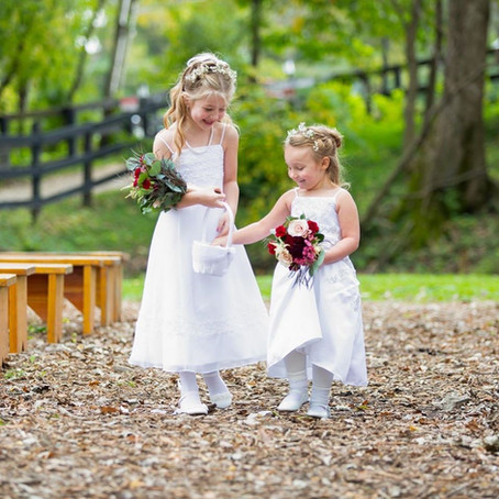 Hosting A Kid-Free Wedding: The Pros & Cons