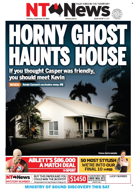HORNY GHOST HAUNT HOUSE
