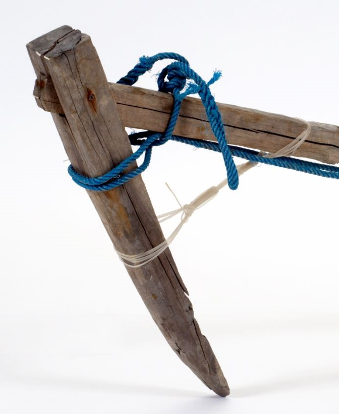 Indonesian wooden anchor (detail) (Wood, stone, iron, polypropylene rope, nylon monofilament fishing line) Maker unknown circa 1990 Gift of the Australian Fisheries Management Authority 1995 M95.13 Photos: MAGNT