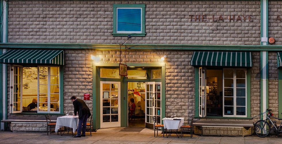 cafe_la_haye_exterior_201904-23_WEB.jpg