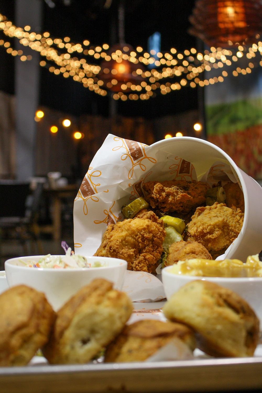 fried chicken platter assorted at suite d