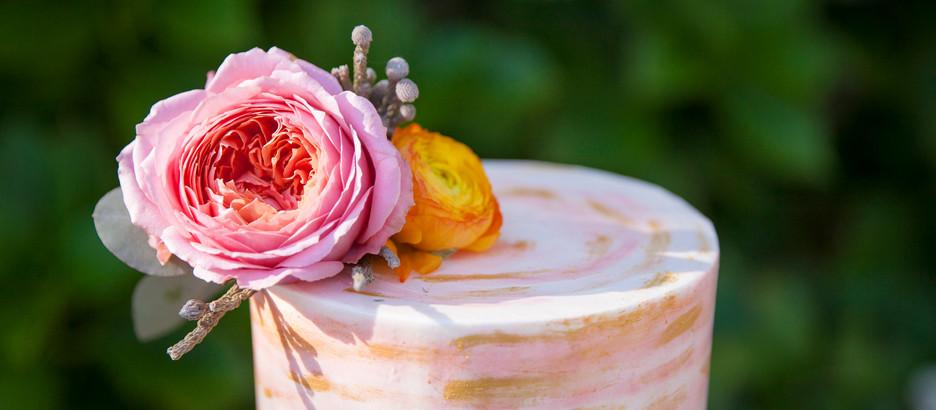 Crisp Bakeshop: Choosing the Perfect Cake Design