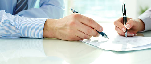 firma-del-contrato-de-subrogacion.jpg