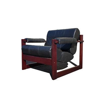 A Brazilian mid-century modern Percival Lafer lounge chair MP-167