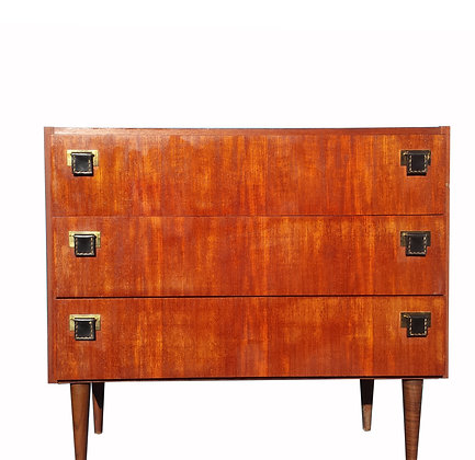1970's mahogany chest of drawers / dresser