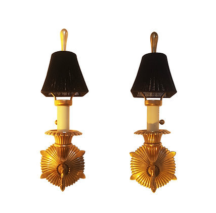 A pair of Hollywood regency neoclassical Bronze sconces