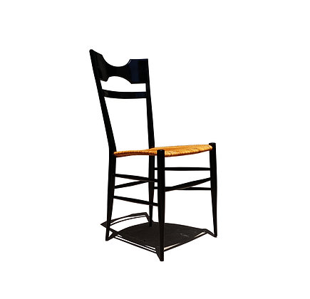 An Italian mid-century modern Chiavari single chair in the manner of Gio Ponti