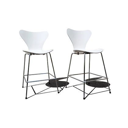 A Danish mid century modern Arne Jacobsen series 7 bar stool