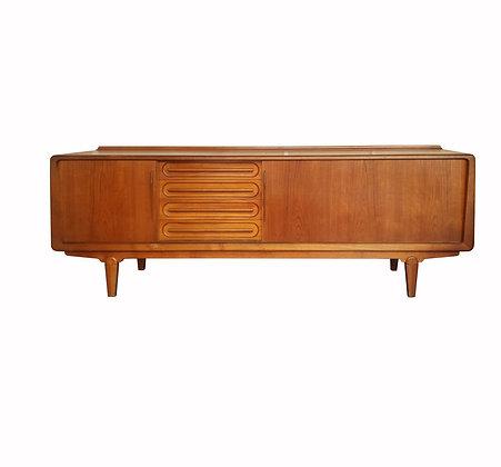 Danish modern sideboard credenza by Vamo Sonderborg