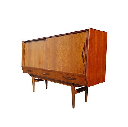 Danish mid-century modern teakwood sideboard / high board / credenza