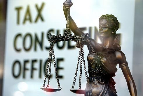 taxes-4326713_1920.jpg