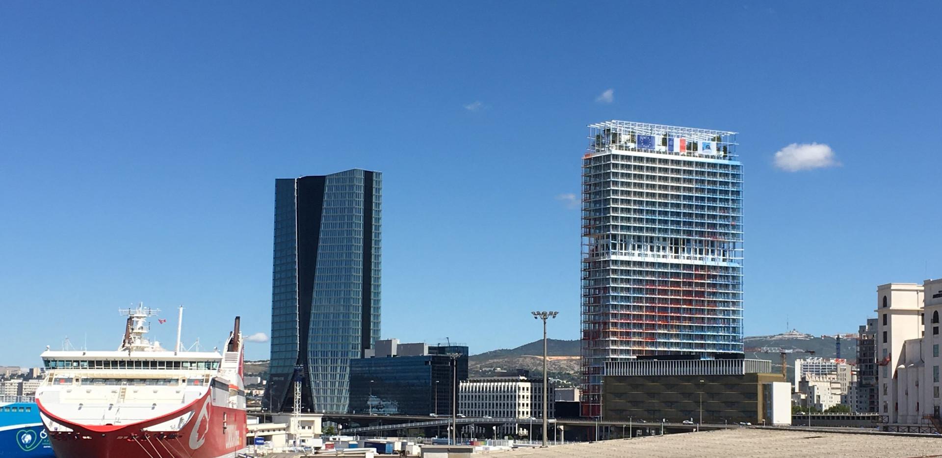 Les tours de Marseille Euroméditerranée