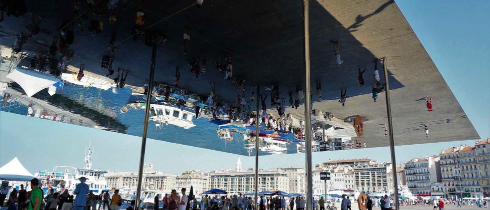 Le Vieux-Port et l'Ombrière Marseille