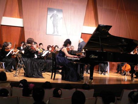 ピアノ科卒業式で協奏曲を演奏しました
