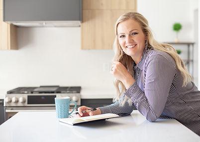 Darbi-Kitchen-Journaling-Smile2.jpg