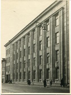 School on Gorokhovaya street