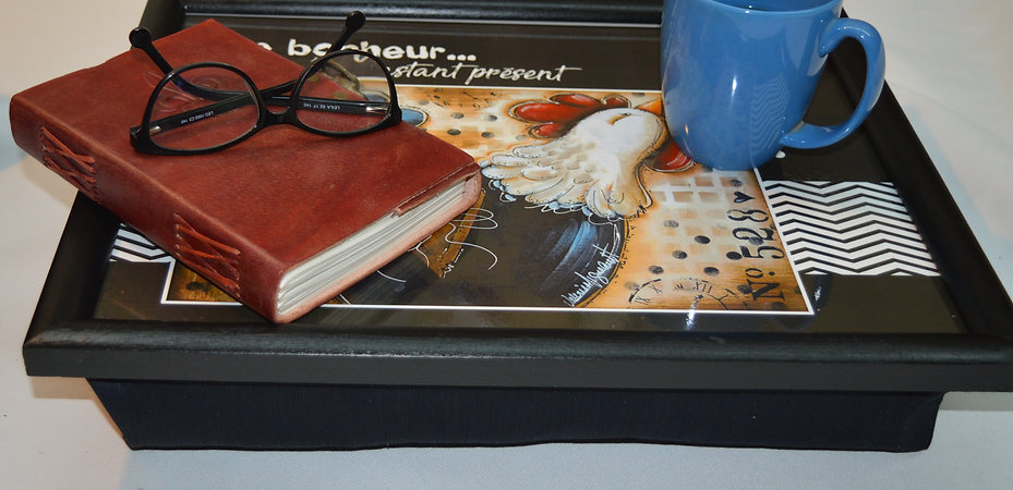 plateau livre cafe lunette.jpg