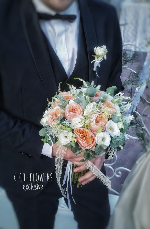 Τριαντάφυλλα David Austin με λυσίανθους κι αστίλβη