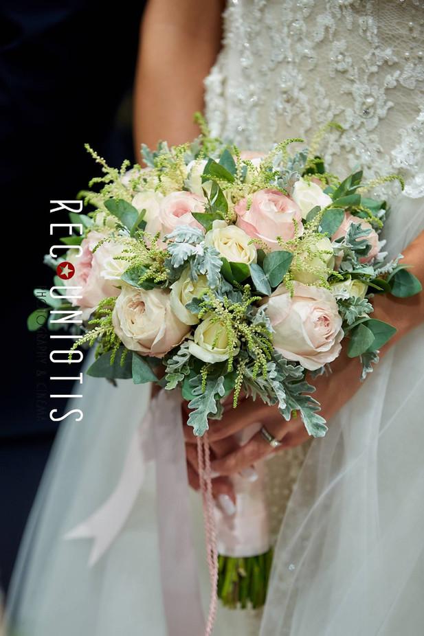 Νυφική Ανθοδέσμη με τριαντάφυλλα David Austin κι αστίλβη