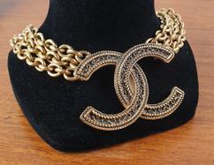 Collier Chanel double C chaine dorée