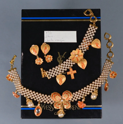 YSL Parure perles et trefles