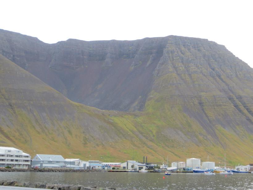 Ísafjörður Troll sat down