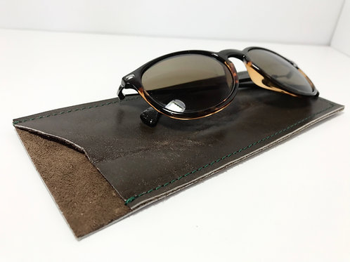 Antique Brown and Forest Green Glasses Case