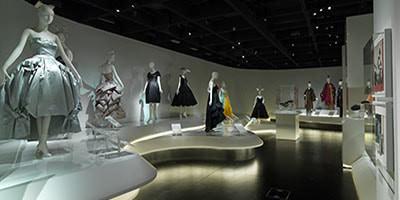 MET exhibit photos