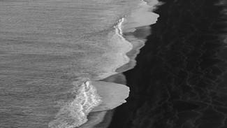 Iceland - Black beach b&w.mp4