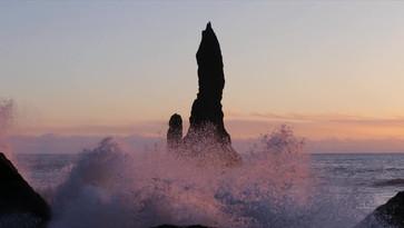 Iceland - Black beach sunset waves.mp4