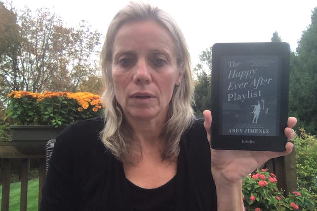 Leanne's Book Time Vlog:  The Happy Ever After Playlist by Abby Jimenez